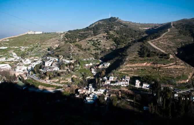 Recuperación de los caminos tradicionales desde Generalife a San Miguel Alto