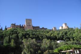 Itinerarios histórico artísticos por Granada para españoles y rusos