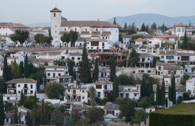 Rutas turísticas a pie por Granada