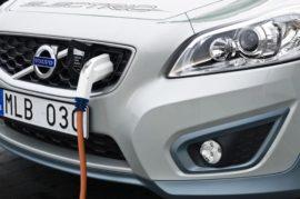 Prohibir la venta de coches que no sean eléctricos a partir de 2030
