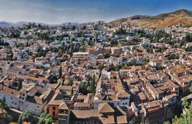 Nuevas rutas turísticas adaptadas en la ciudad de Granada