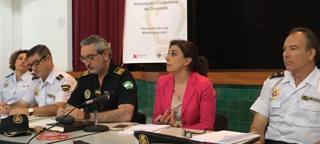 El Foro Albaicín Sacromonte reúne a ciudadanía y autoridades para debatir sobre turismo y seguridad en los barrios