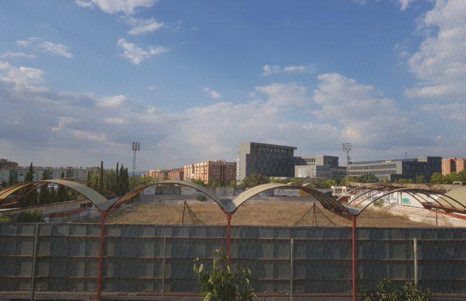 Rehabilitación de las antiguas instalaciones del campo del Granada 74 para su uso