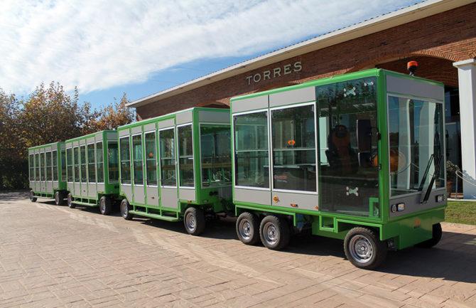 Tren eléctrico turístico de Granada.
