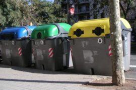 Más contenedores de reciclaje