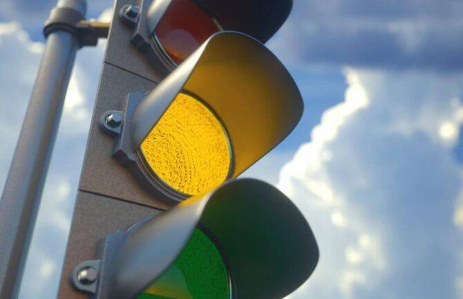 Semáforos adaptados para invidentes
