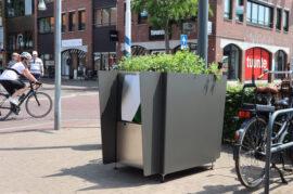GreenPee - Instalación de urinales públicos en forma de maceta