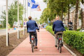 Carril bici elaborado de plásticos reciclados